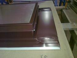 Výlez na střechu 600x600 Ruukki 40 RR887 čokoládo - 4